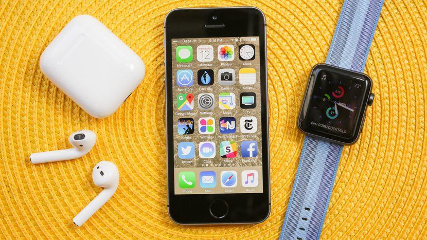 Apple может сделать компактный iPhone в 2020 году (apple iphone se 2017 28)