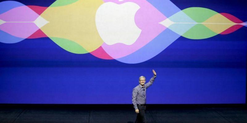 Apple переманила исследователя искусственного интеллекта из Google (apple sign event tim cook)