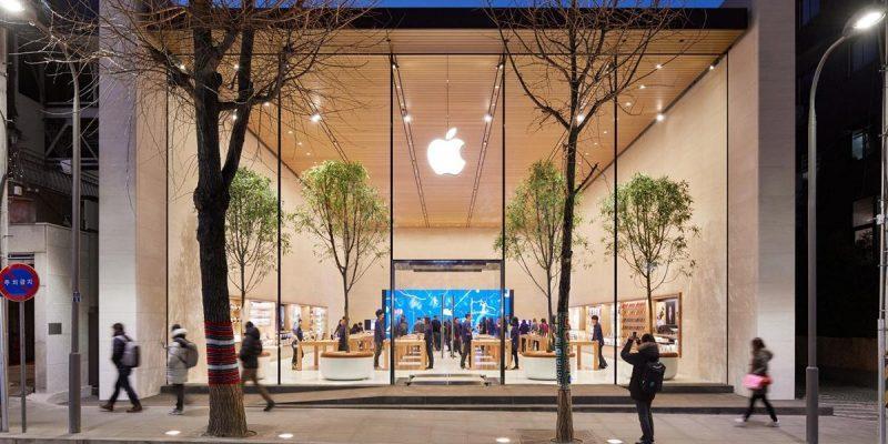 Студент предъявил Apple иск на 1 миллиард долларов за ложный арест, связанный с технологией распознавания лиц (apple store garosugil 06 100747960 large.3x2)