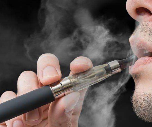 Исследование показало, что в электронных сигаретах содержатся микробные токсины (are electronic cigarettes safe)