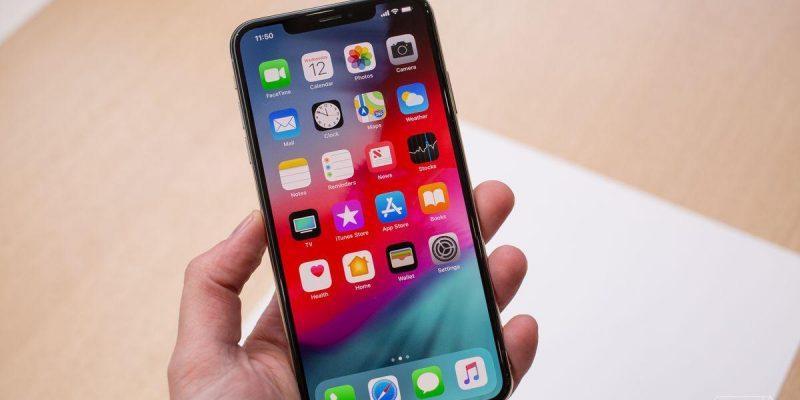 В сеть утекли изображения заготовок для чехлов iPhone XI и iPhone XI Max (dbohn 180912 2947 0105.0)