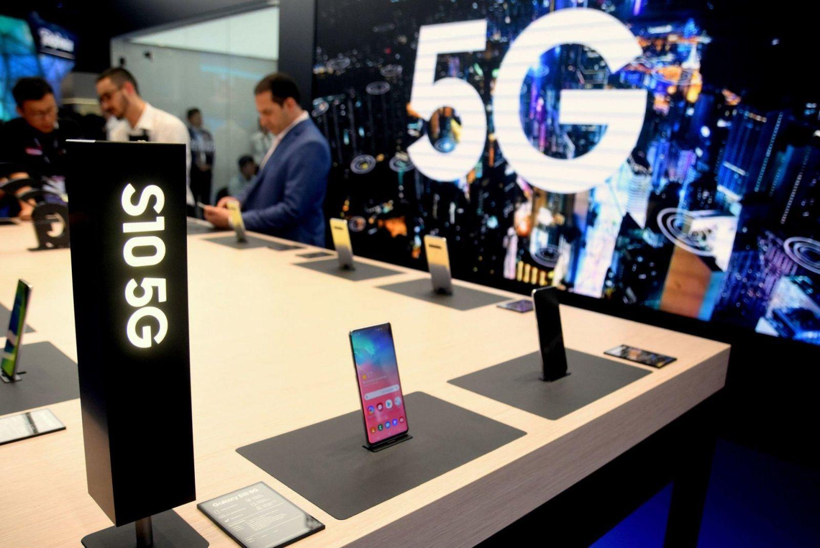 5G-версия Samsung Galaxy S10 дебютирует в Южной Корее 5-го апреля (dims 11)