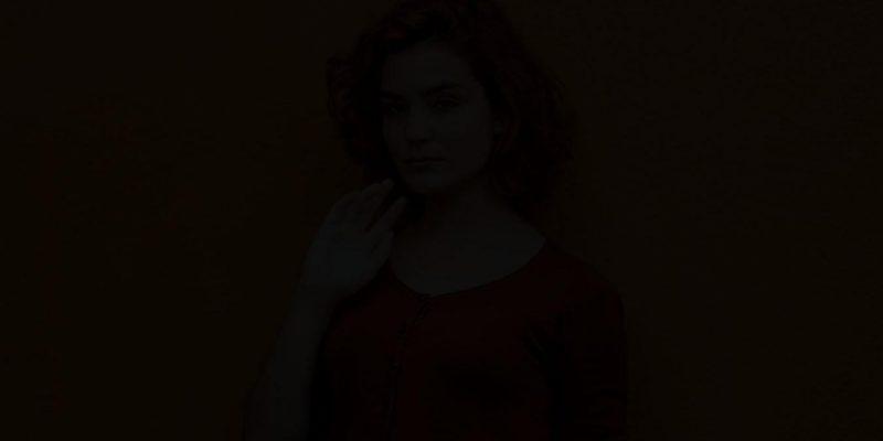 1 апреля: реверсивная вспышка PhotoPro Delight удаляет свет с фото (photo 1528914457842 1af67b57139d 1)