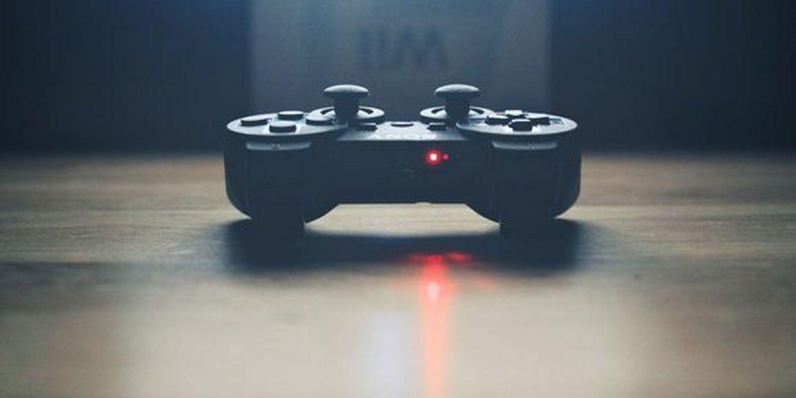 Sony раскрыла первые подробности Sony PlayStation 5: SSD и обратная совместимость с PS4 и PSVR (sony ps4 controller large)