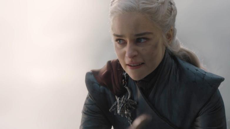 Эмилия Кларк рассказала, чего она бы хотела от ремейка 8-го сезона Игры престолов (game of thrones season 8)