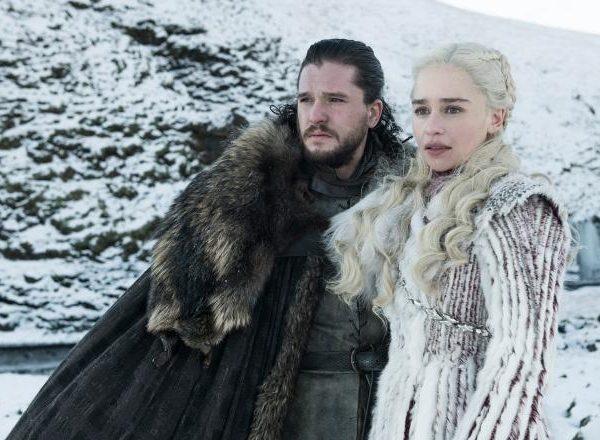 Эмилия Кларк рассказала, чего она бы хотела от ремейка 8-го сезона Игры престолов (jon snow game of thrones season 8)