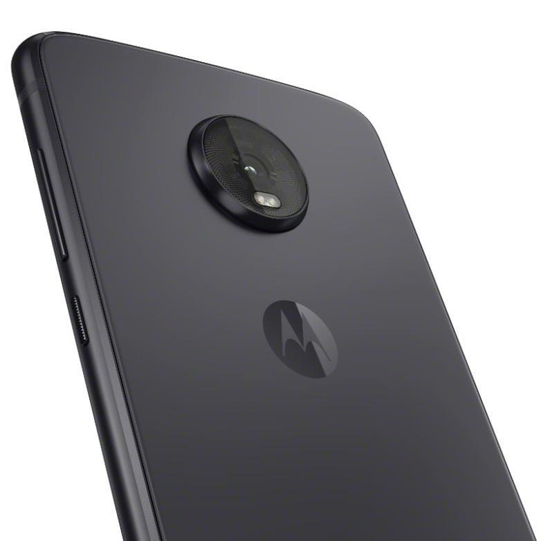 Motorola анонсировала смартфон Moto Z4 со Snapdragon 675 (motoz4 flashgray camera detail)