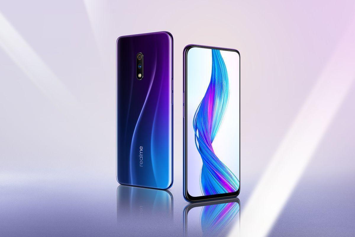 Realme представила первый флагманский смартфон Realme X с всплывающей селфи-камерой и Snapdragon 710 (punk blue 02.0 1)