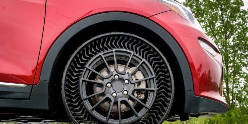 GM и Michelin сделают безвоздушные шины Uptis для легковых автомобилей к 2024 году (dims)