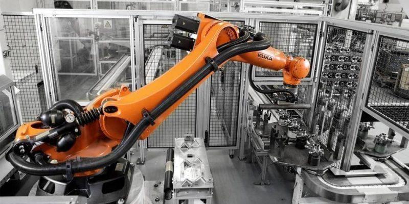 Новый робот MIT может определять вещи по виду и на ощупь (newsimage 8666)
