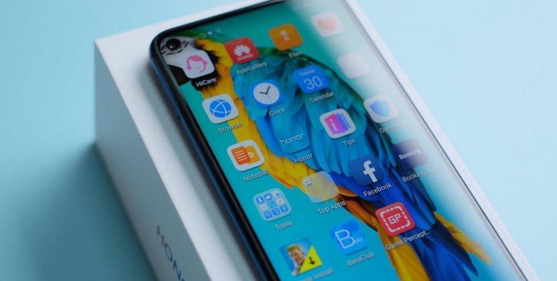 10 лучших смартфонов 2019 года по версии Роскачества (orig 15568805792d9bf98ba4873a3422380e6094c3037a)