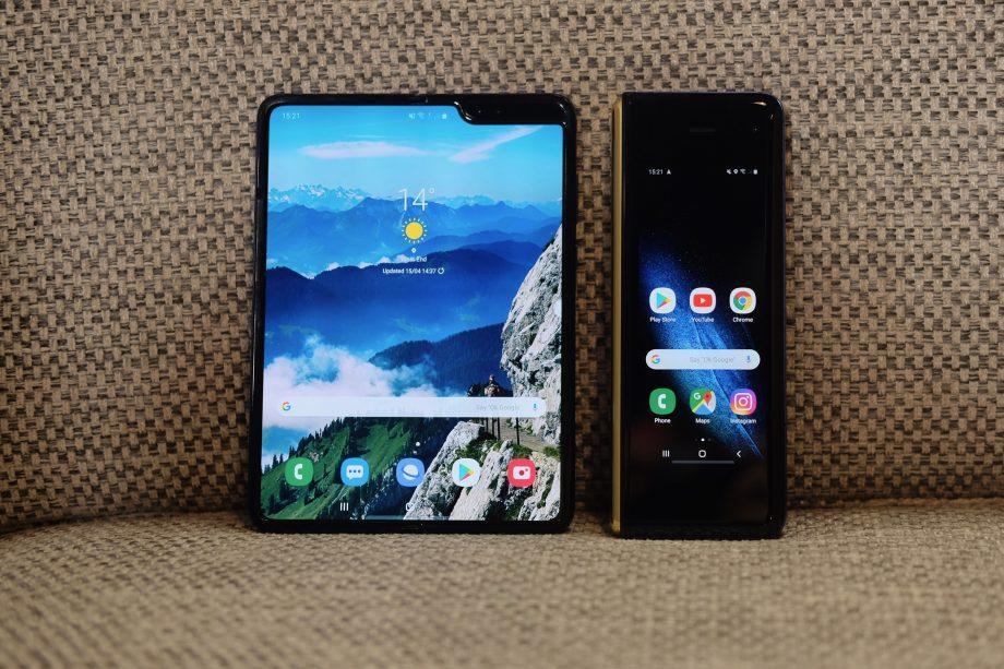 В Samsung обьявили дату выхода Galaxy Fold (airpods 11)