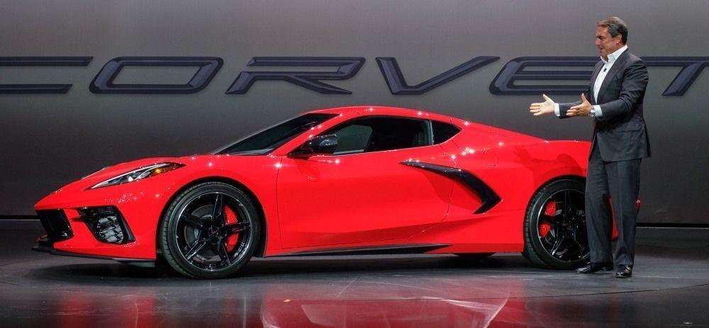 У Corvette 2020 года двигатель будет сзади (dims 9)