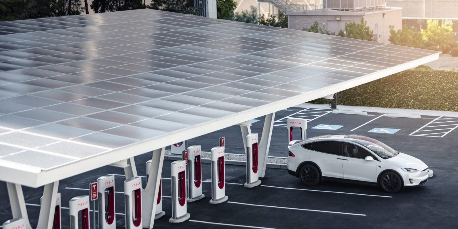 Tesla открывает станцию Vegas V3 Supercharger с питанием от солнечных батарей (v3 vegas e1563488073796)
