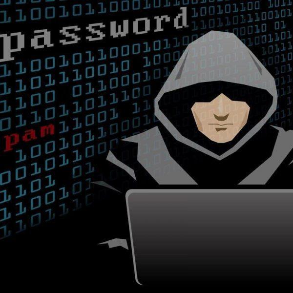 18+. Хакеры атакуют посетителей порносайтов (1526035822 hacker mac)