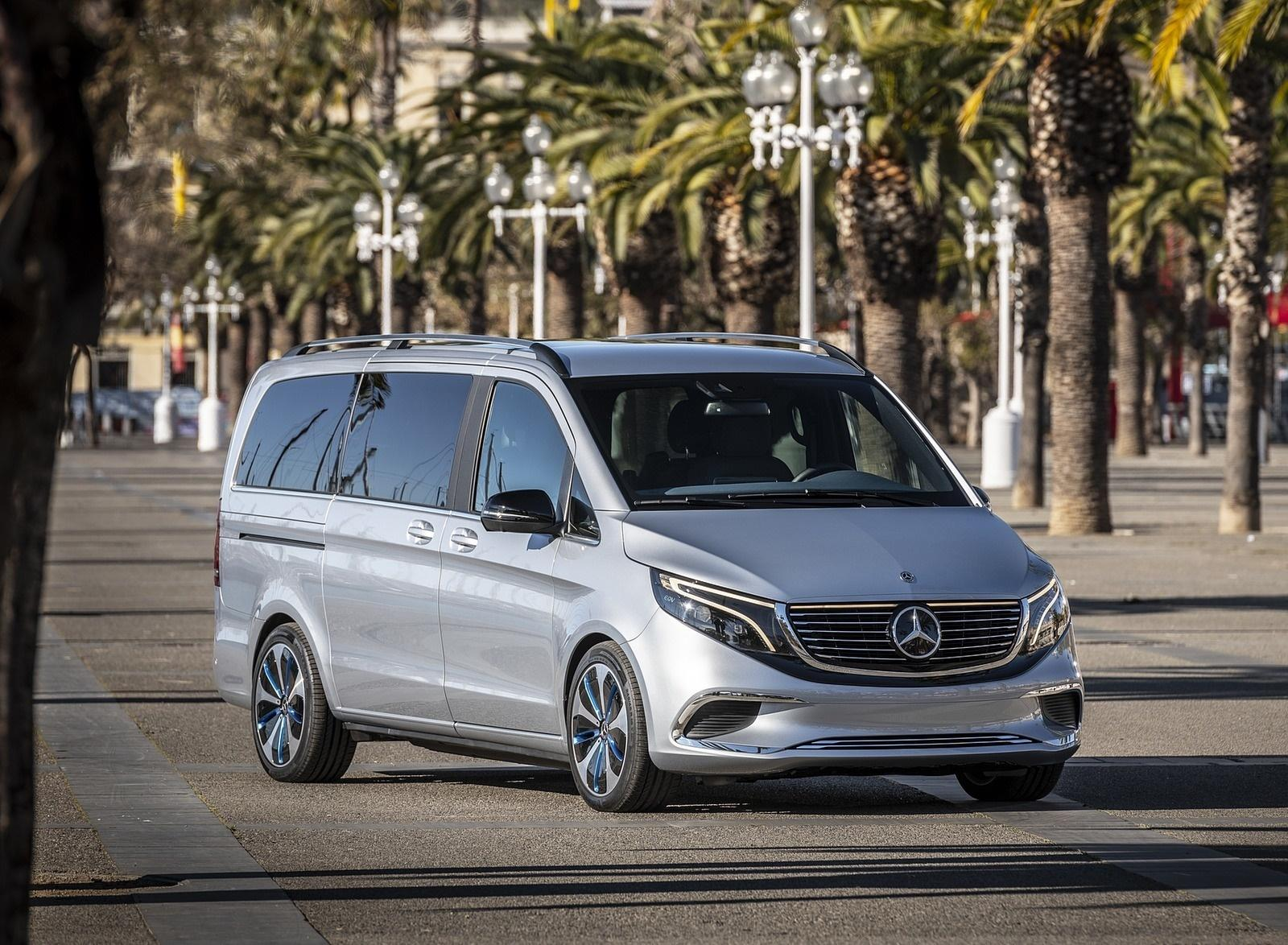Mercedes-Benz представил минивэн EQV с электрическим двигателем (8)