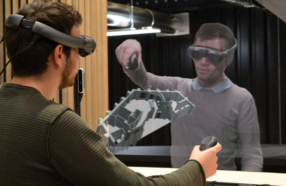 Разработчики Huawei представили сервис виртуальной реальности (d7ls1zywwaaulr0)