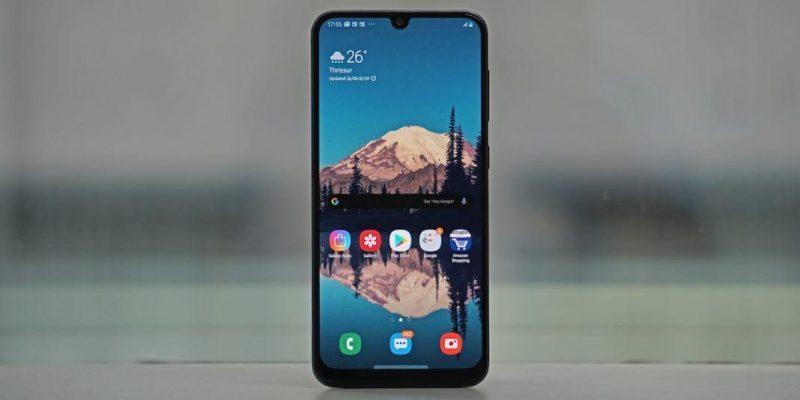 Samsung обновил смартфон Galaxy A30s (samsung galaxy a30 header 1068x561 1)