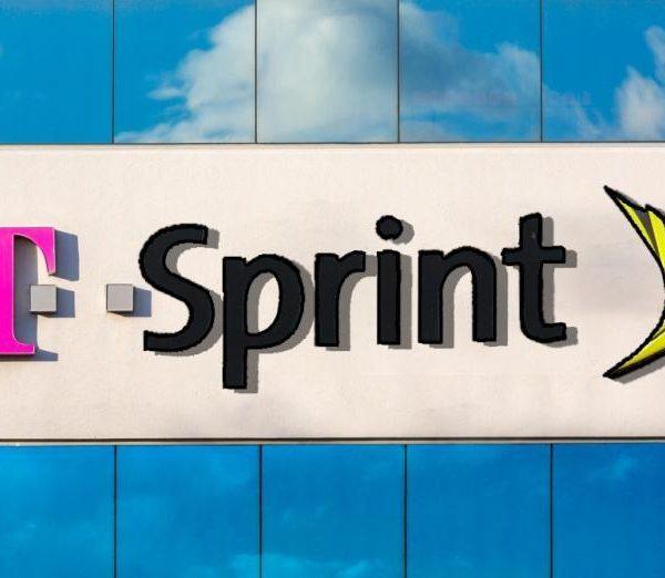 Председатель FCC одобрил слияние T-Mobile и Sprint (t sprint)