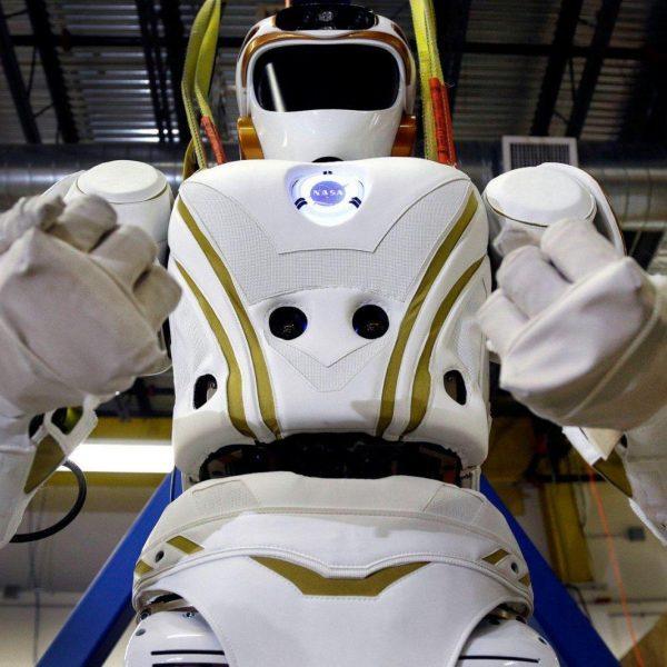 NASA: роботы будут осваивать космос вместе с людьми (valkyrie robot)