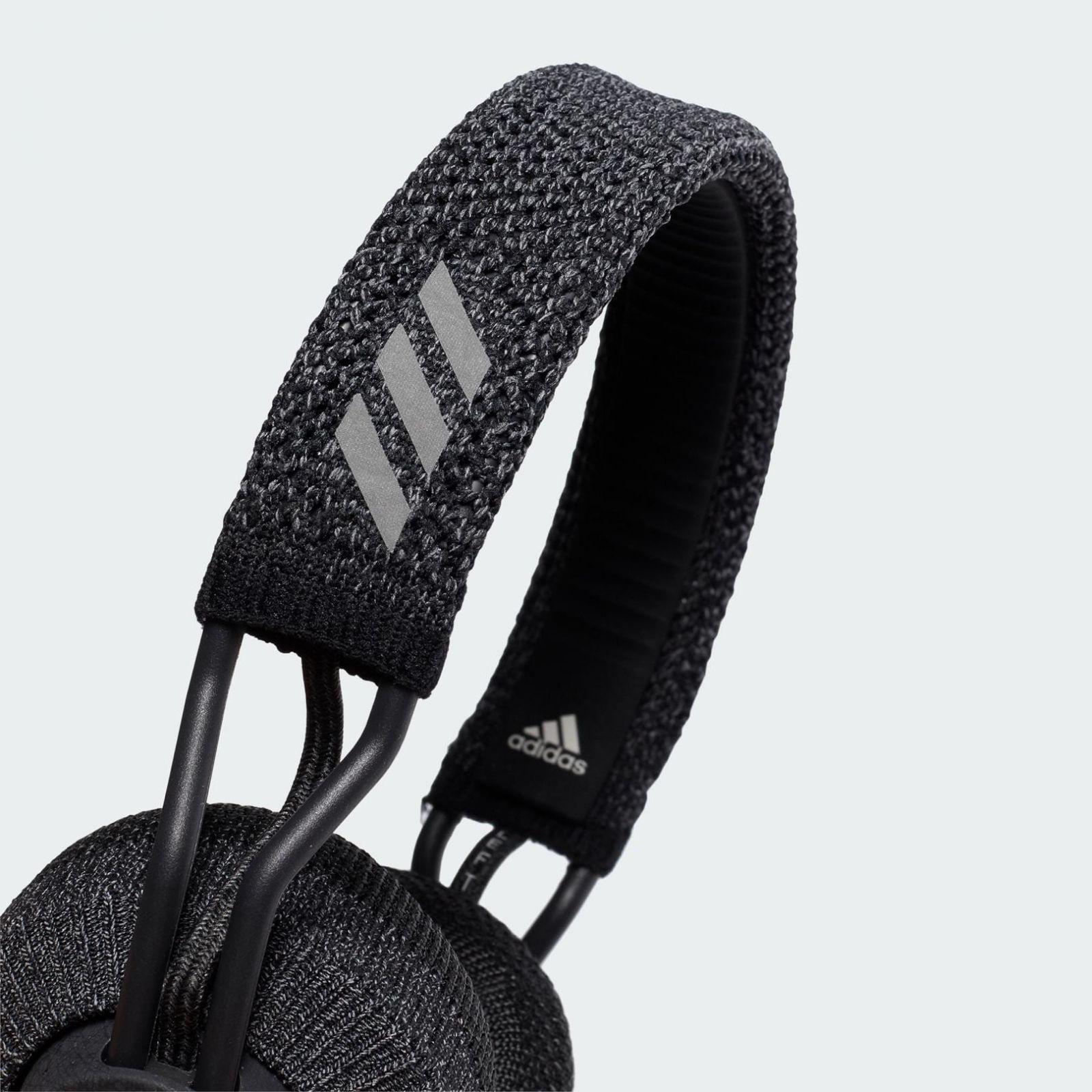 IFA 2019. Наушники с трикотажной оплёткой от Adidas ()