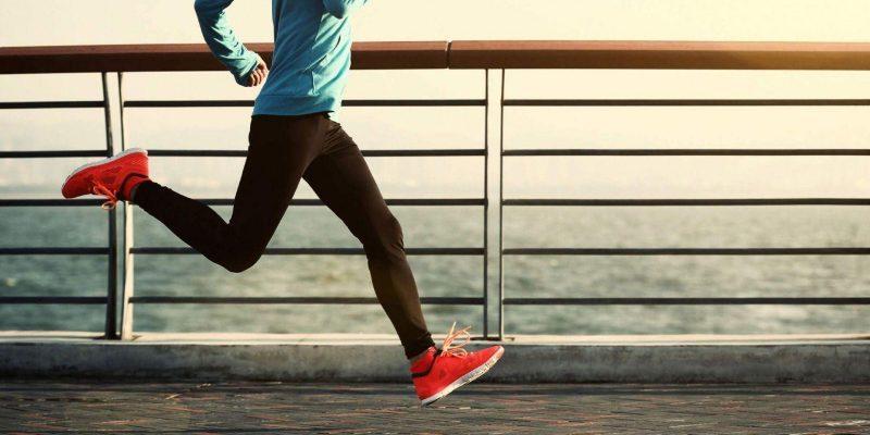 """Ученики """"МИФИ"""" изобрели кроссовки, которые подсказывают дорогу (d254854b2056cb6529cd40fb89f93126)"""
