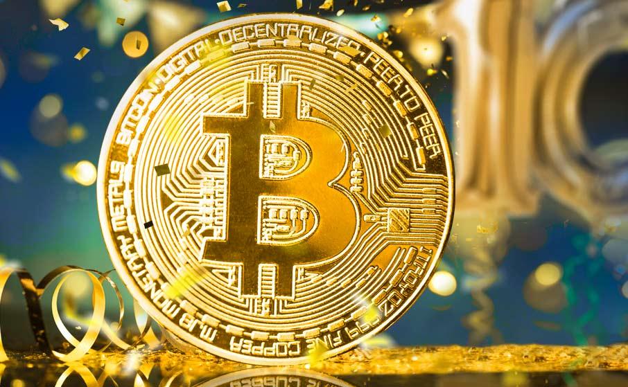 Биткоин отпраздновал свой 11-ый день рождения (10 years bitcoin)