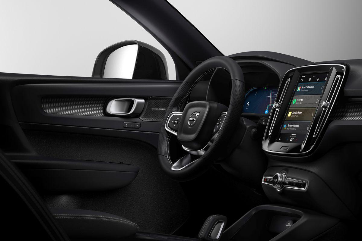 258976_fully_electric_volvo_xc40_introduces_brand_new_infotainment_system