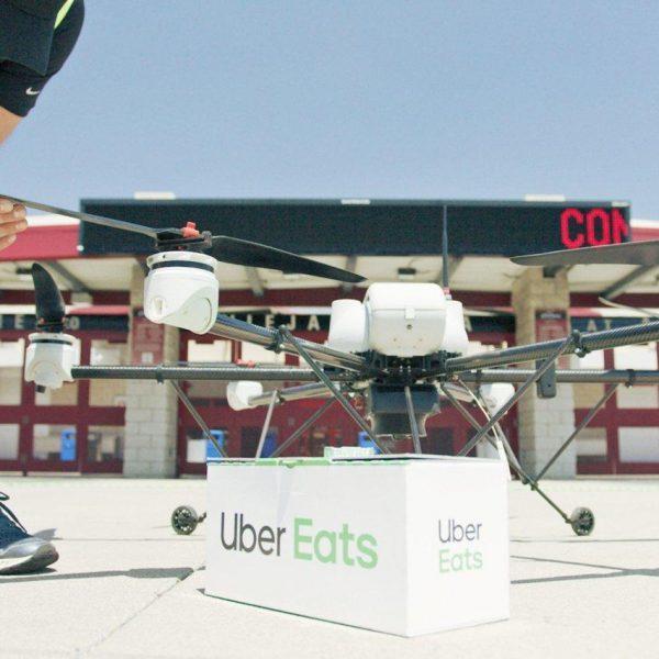Uber представил дронов-доставщиков еды (5d011a9d6fc92048324184d6 1136 852)