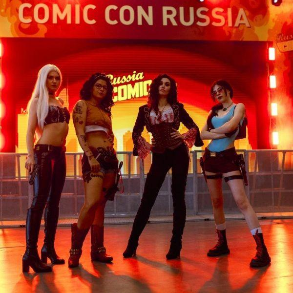 18+. ИгроМир и Comic Con Russia 2019. Самые красивые девушки. День 1 (fotoezh 5 8551.1200x1200)