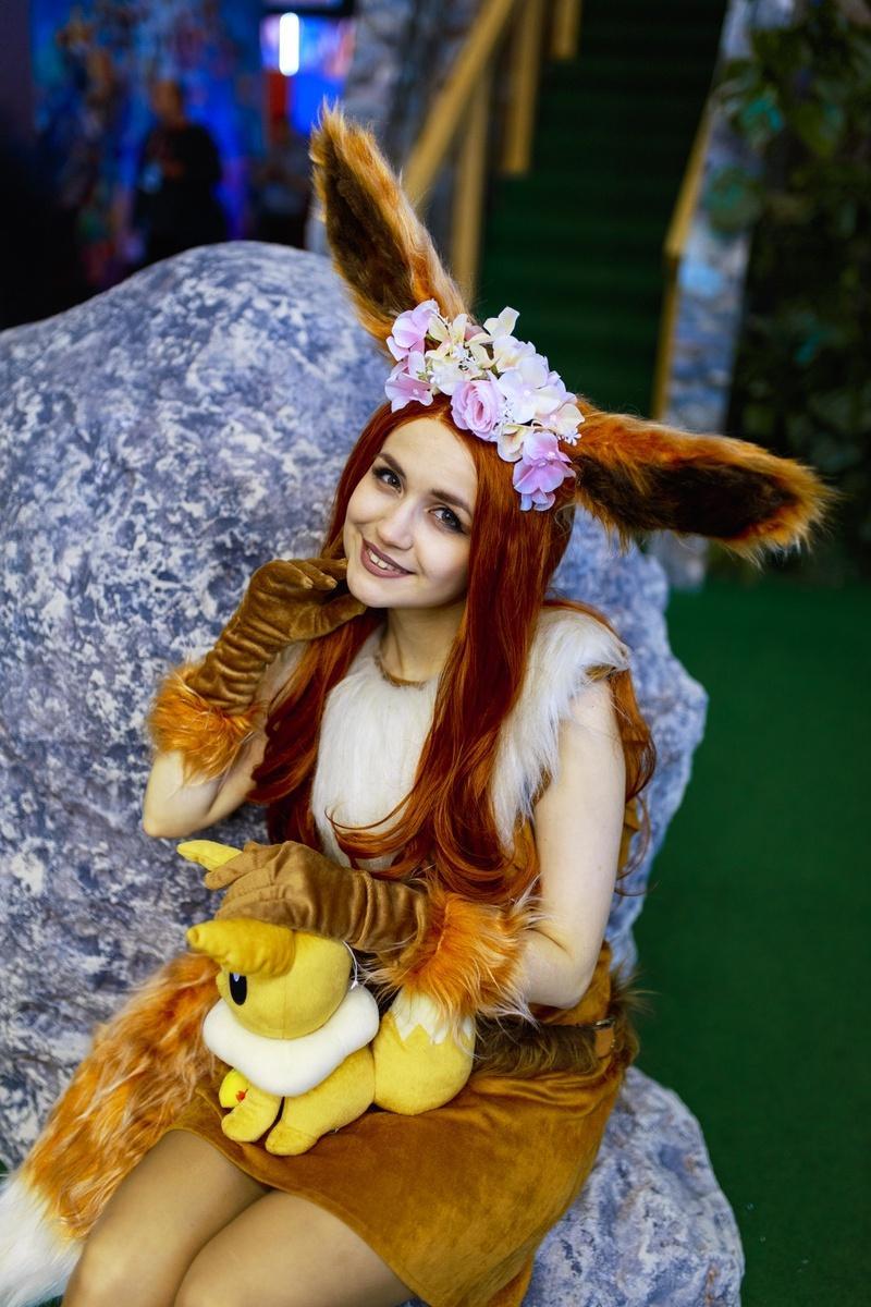 18+. ИгроМир и Comic Con Russia 2019. Самые красивые девушки. День 1 (fotoezh 5)