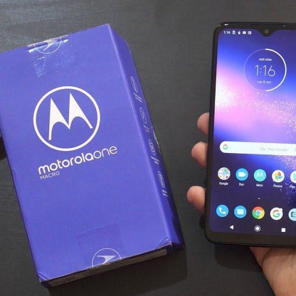 Motorola представила смартфон Motorola One Macro (maxresdefault 6)