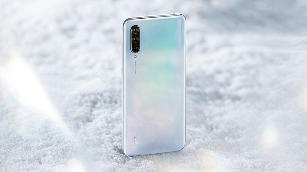 Xiaomi представил смартфон Mi 9 Lite в России (mi9lite 1000)