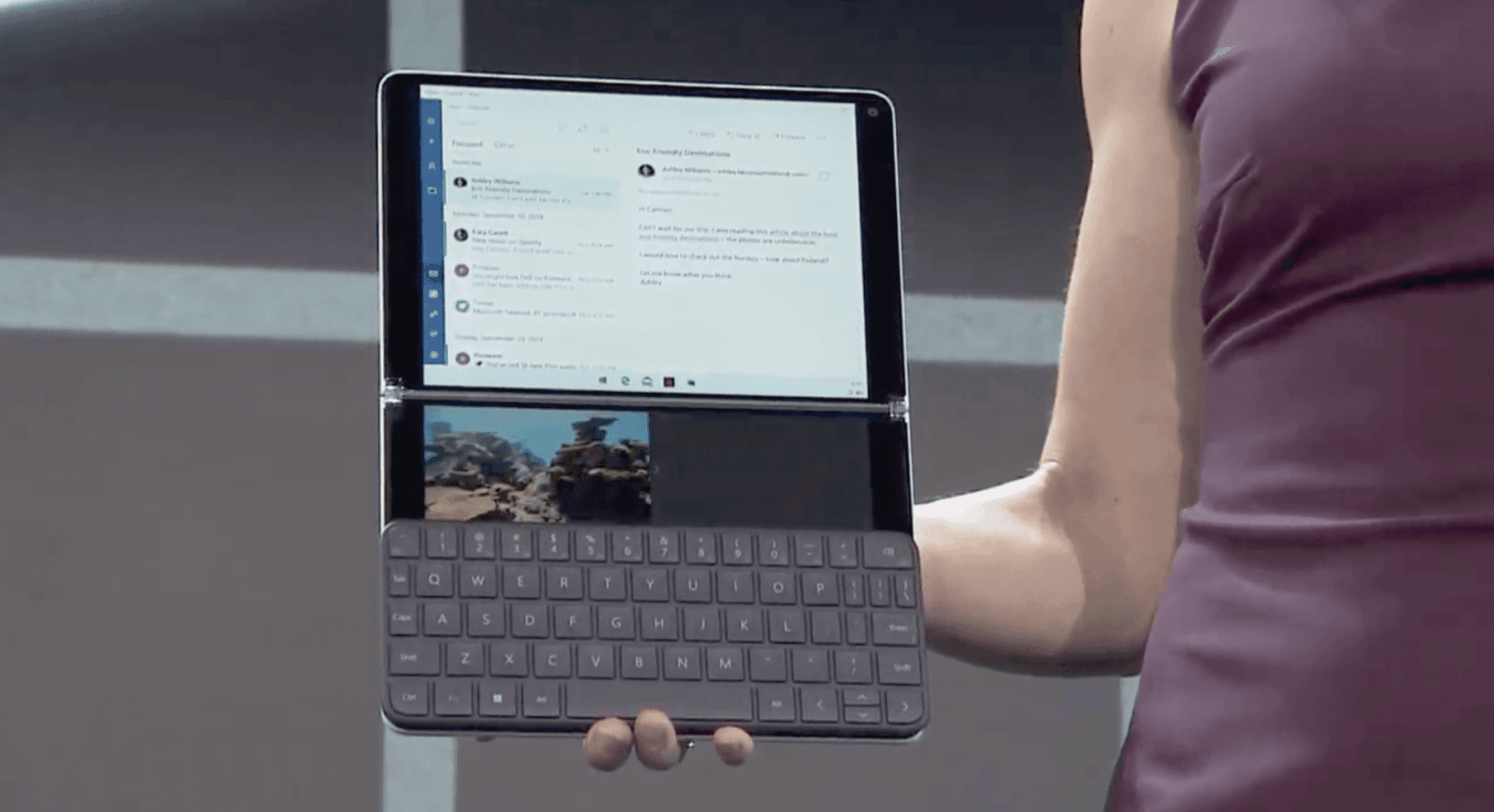 Microsoft анонсировала новую ОС Windows 10X (screen shot 2019 10 02 at 8.18.28 pm)