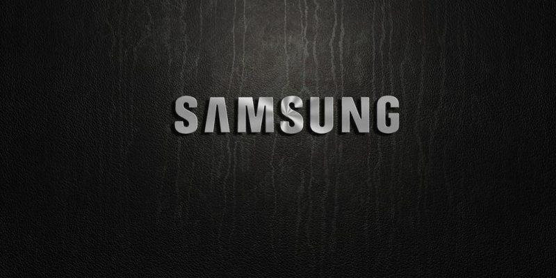 Samsung запатентовала новый дизайн смартфона с торчащей сверху чёлкой (tmb 157727 7049)