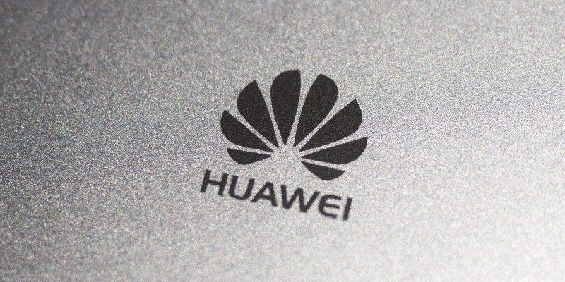 Huawei выпустит Mate 30 Pro в России без сервисов Google (01)