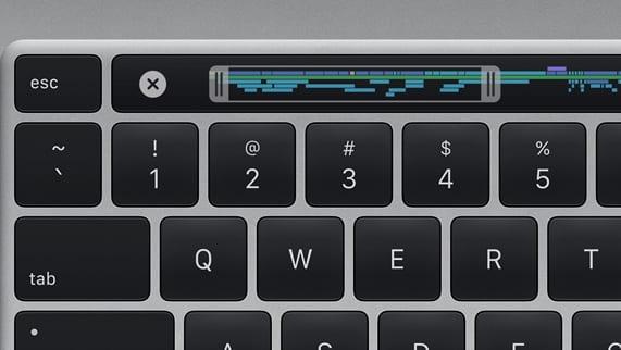 Apple представила 16-дюймовый MacBook Pro (apple 16 inch macbook pro new magic keyboard 111319 inline.jpg.medium)