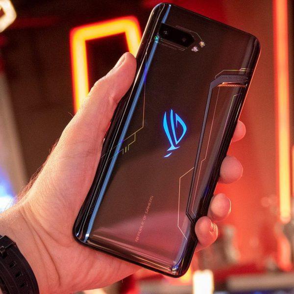 Старт продаж в России игрового смартфона Asus ROG Phone II запланирован на 15 ноября (asus rog phone 2 review 15)