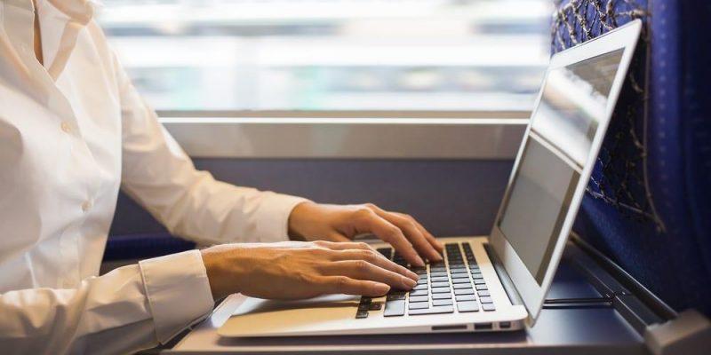 В российских самолётах и поездах появится высокоскоростной интернет (bez nazvanija)