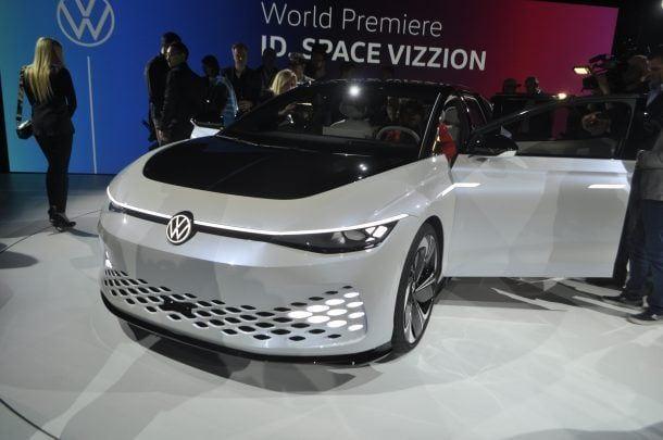 Volkswagen представил электромобиль Volkswagen ID Space Vizzion (dsc0417)