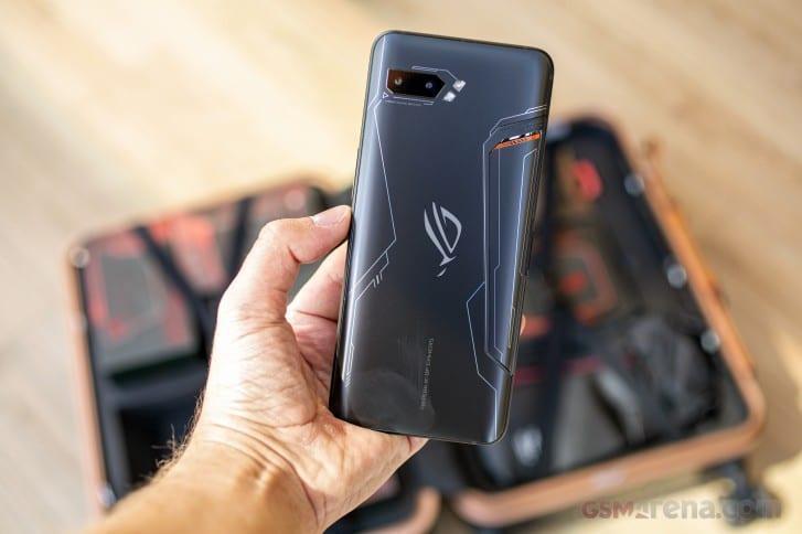Старт продаж в России игрового смартфона Asus ROG Phone II запланирован на 15 ноября (gsmarena 004)