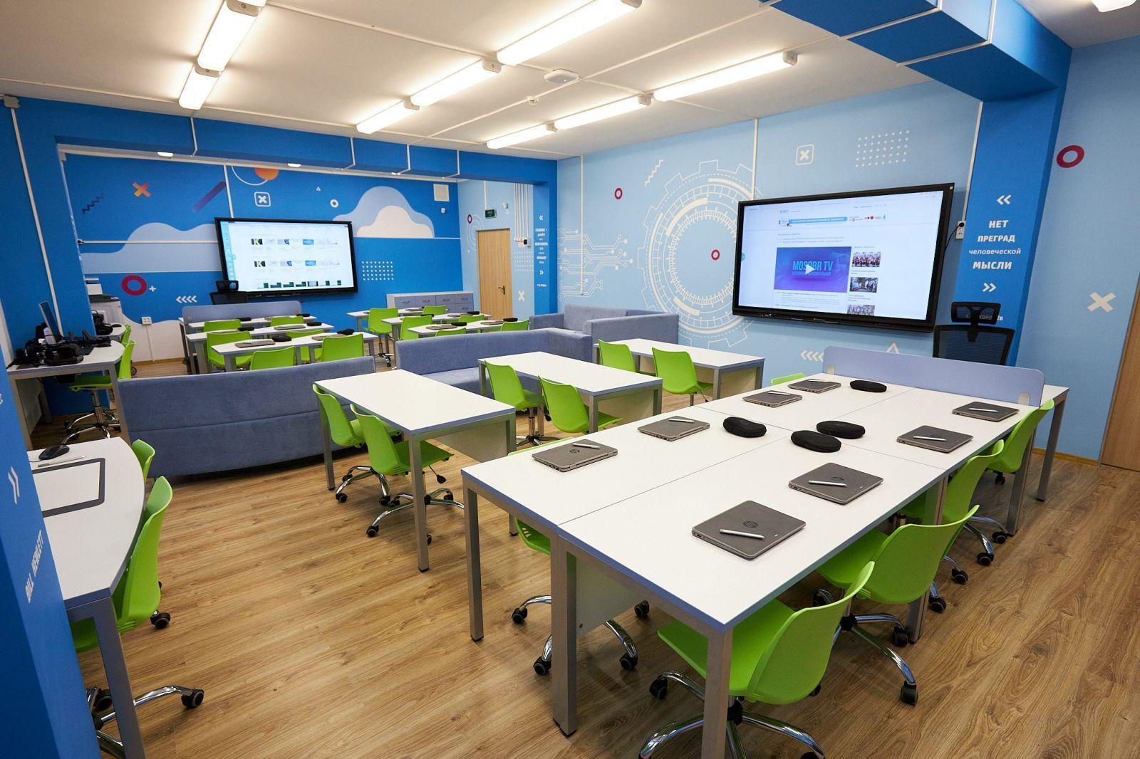 HP запускает первый в России класс будущего HP Learning Studio (4 1)