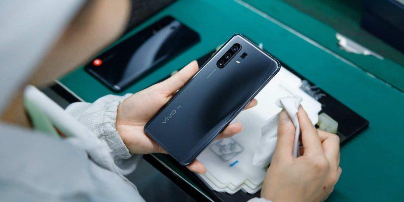 Vivo представила смартфон Vivo X30 (elvkgk1uuaehbbs large)