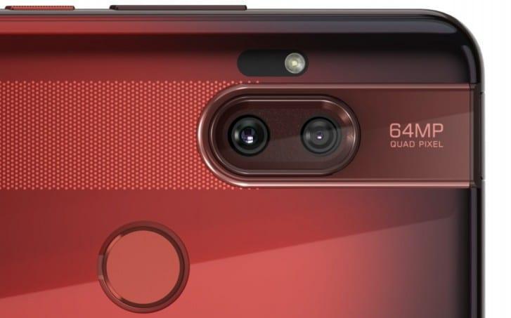 Motorola официально представила смартфон One Hyper (gsmarena 011)