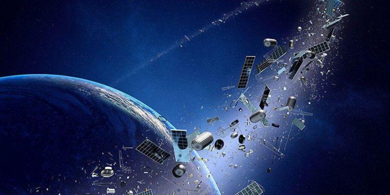Запланирована первая миссия по очистке космоса от мусора (ja)