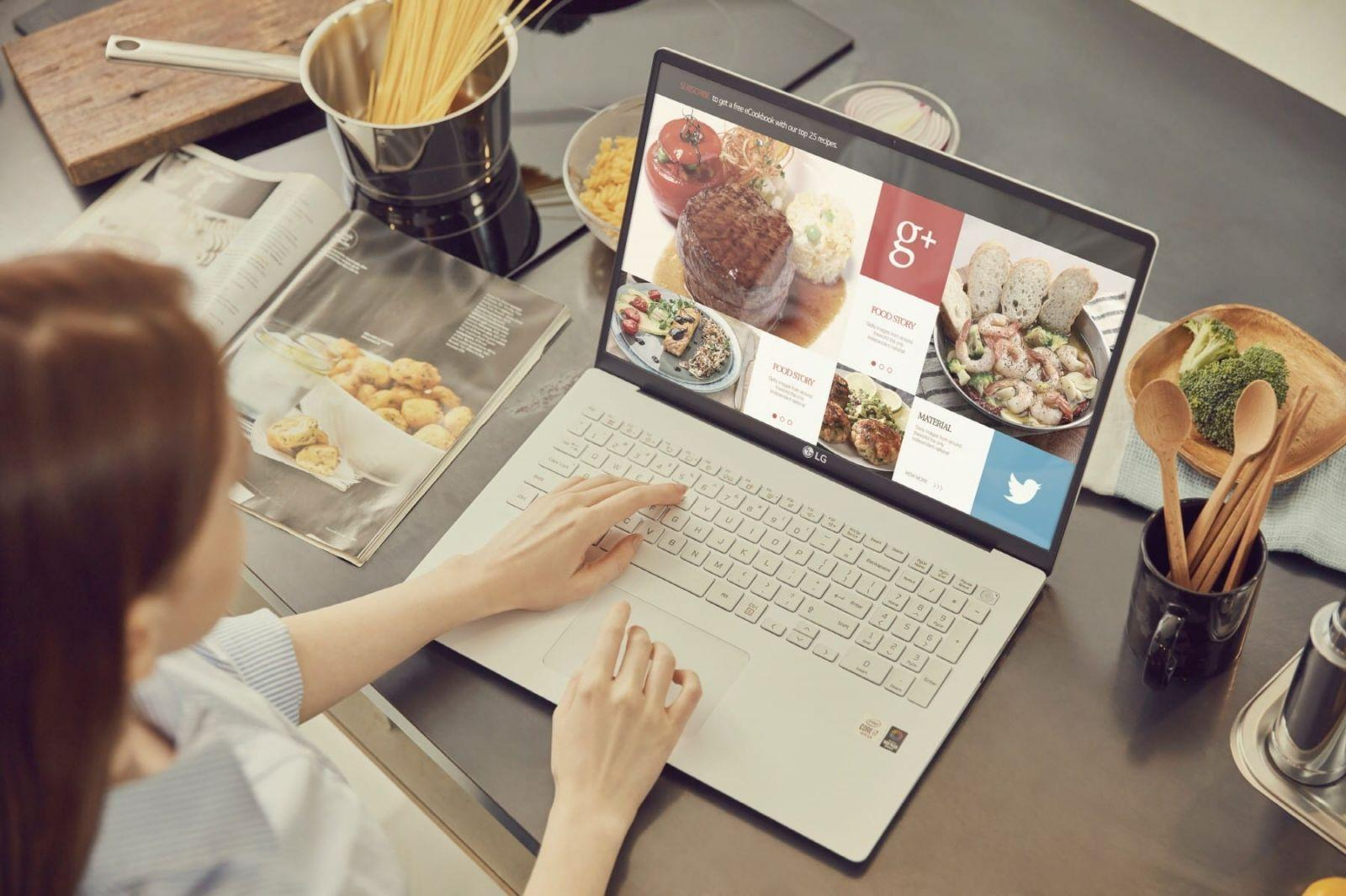 LG представила линейку ноутбуков Gram (ooo)