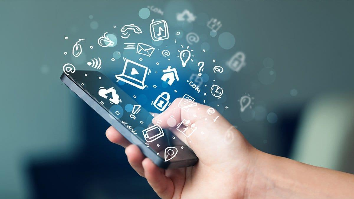 В России вступит в силу запрет на продажу смартфонов без отечественного софта (solutions cloud apps)