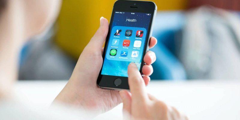 В России вступит в силу запрет на продажу смартфонов без отечественного софта (touchscreen phones)