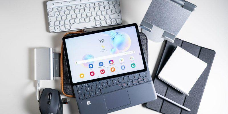 Samsung объявила о старте продаж планшета Galaxy Tab S6 5G (1 2)