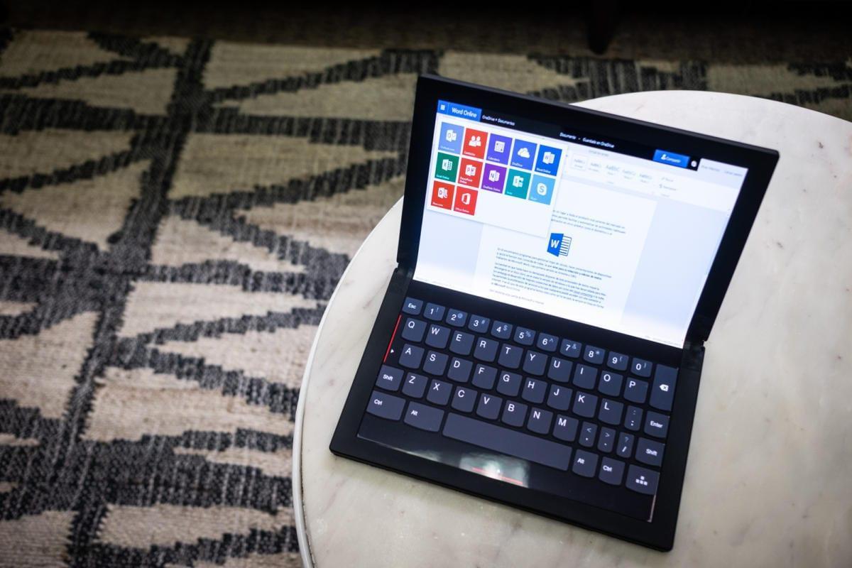 CES 2020. Lenovo сделала первый в мире ноутбук с гибким экраном (dscf0098 final 100795957)